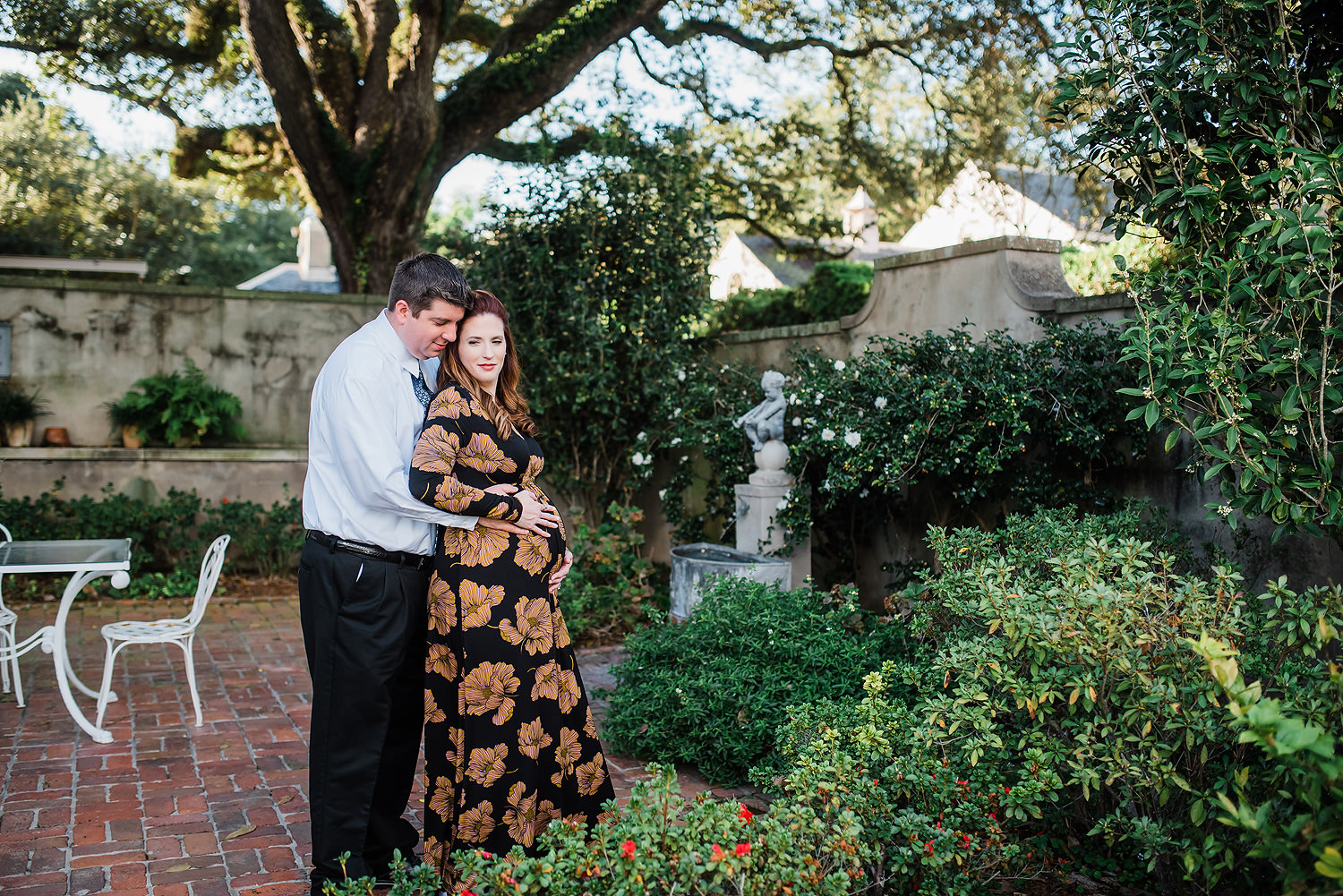 Longue Vue Gardens Maternity Session | Leigh & Edward