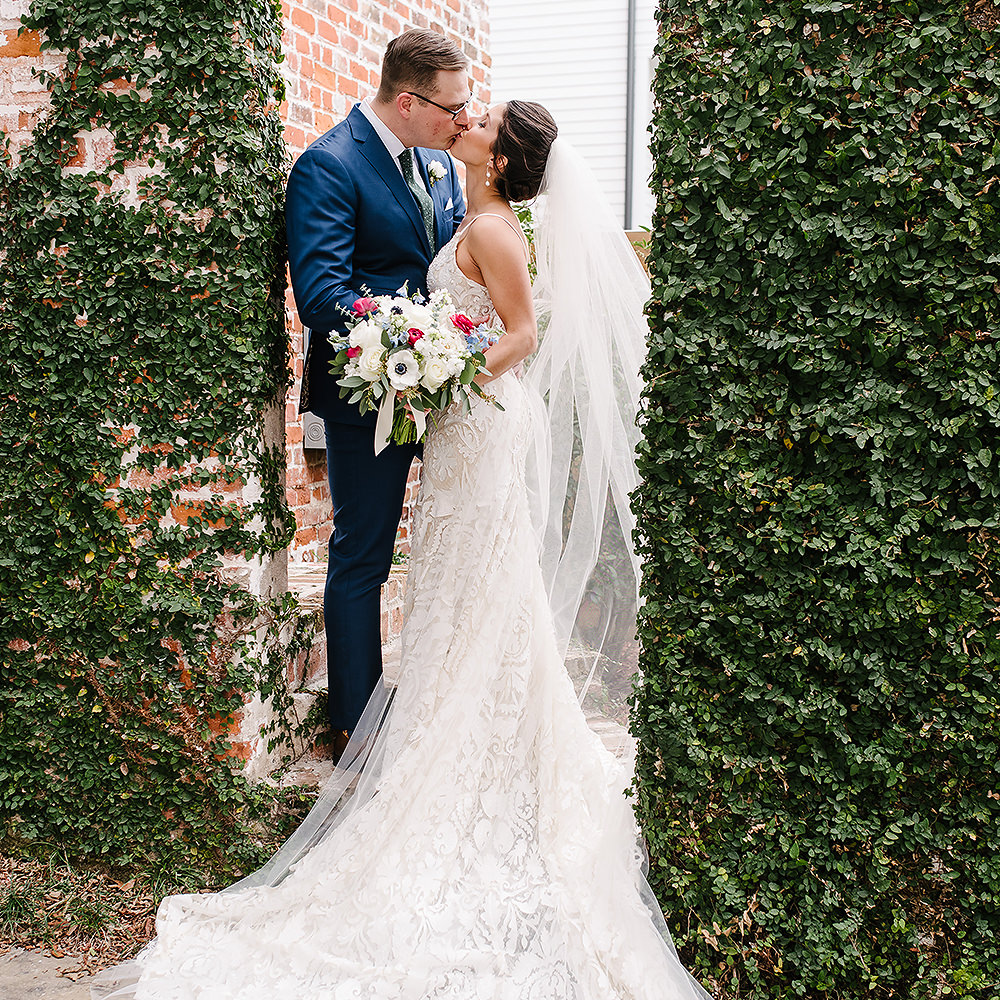 Our Lady of Good Counsel iL Mercato Wedding Photographer | Caroline & Taylor